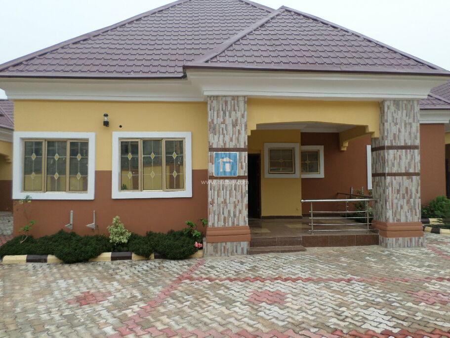 2 Bedroom Flat At Oshimili Delta
