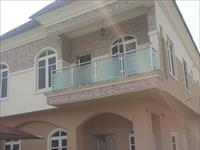 5 Beds / 5 Baths Duplex To Rent