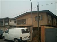 2 Beds / 1 Bath Flat To Rent
