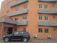 3 Beds / 3 Baths Block of Flats To Rent