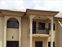 3 Beds / 1 Bath Flat To Rent