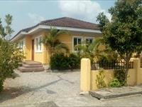 3 Beds / 3 Baths Bungalow To Rent