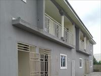 2 Beds / 3 Baths Block of Flats For Sale