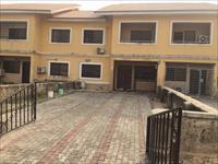 4 Beds / 5 Baths Terrace For Sale
