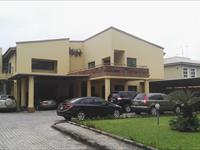 9 Bedroom Detached at Lekki Lagos