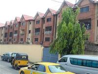 3 Bedroom Town House For sale at Surulere, Lagos