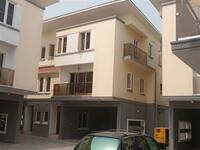 4 Bedroom Flat Apartment For rent at Lekki, Lagos