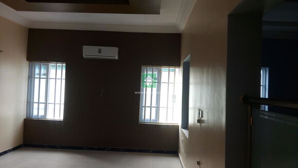 House For Distress Sale, Magodo, Lagos