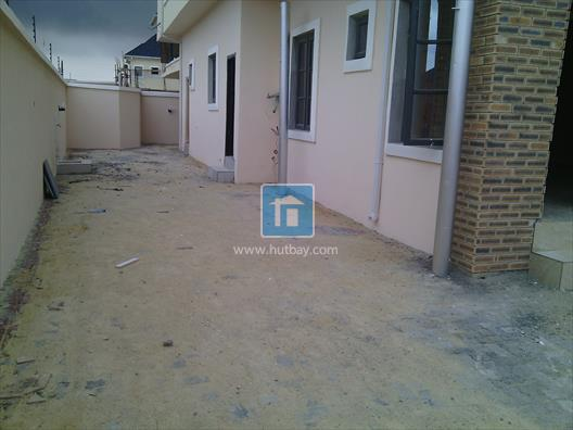4 Bedroom Semi detached at Lekki Lagos, Lekki, Lagos