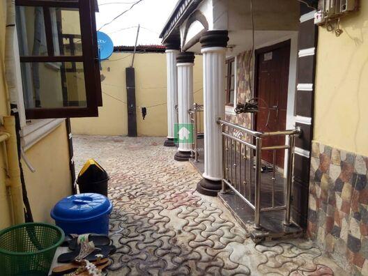 A Very Clean 3Bedroom Bungalow At Shagari Estate Alimosho Ipaja, Alimosho, Lagos