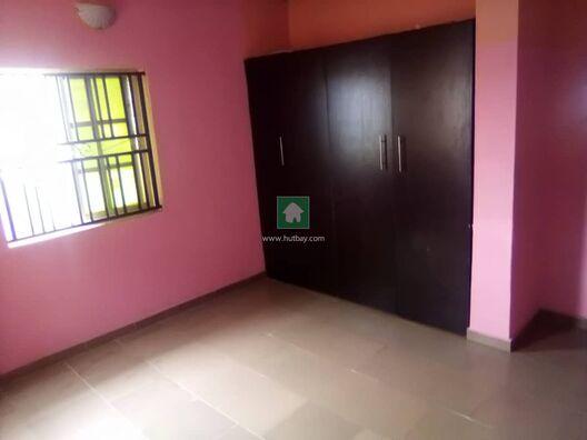 A CLEAN 3 BEDROOM APARTMENT IN A GATED ESTATE AT AJAH, Ajah, Lagos