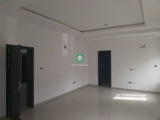 LOVELY 6 BEDROOM WING OF DUPLEX WITH A BQ FOR RENT AT OSAPA LONDON, Lekki, Lagos