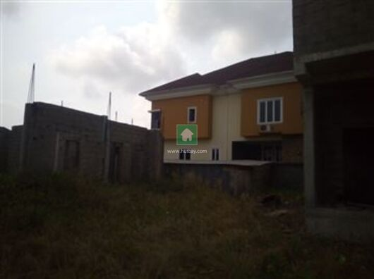 5 Bed House for Sale in Plot 20 Water Front Pinnoch Beach Estate, Osapa, Lekki, Lagos