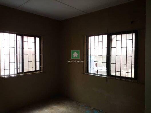 3 Bedrooms Newly Renovated For Rent At Akoka-Yaba Lagos, Akoka, Lagos