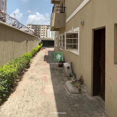 Lovely Min Flats For Lease At Lekki Phase 2, Lekki, Lagos