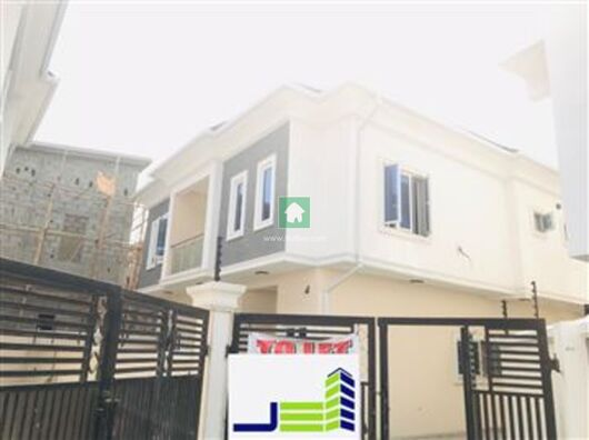 4 Bed House for Rent in Osapa, Lekki, Lagos